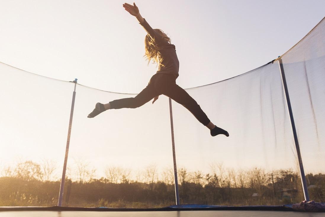 Szwedzka firma poszukuje producentów ogrodowych trampolin