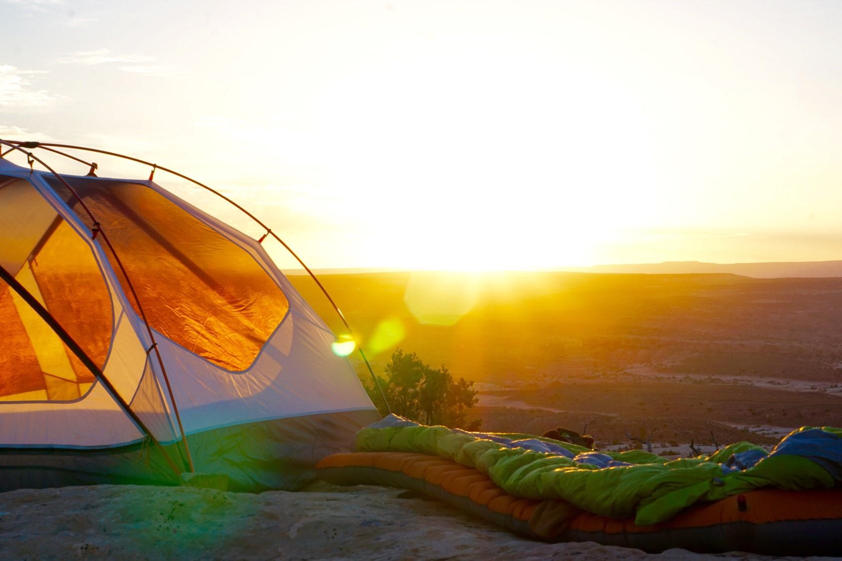 Poszukiwani producenci namiotów