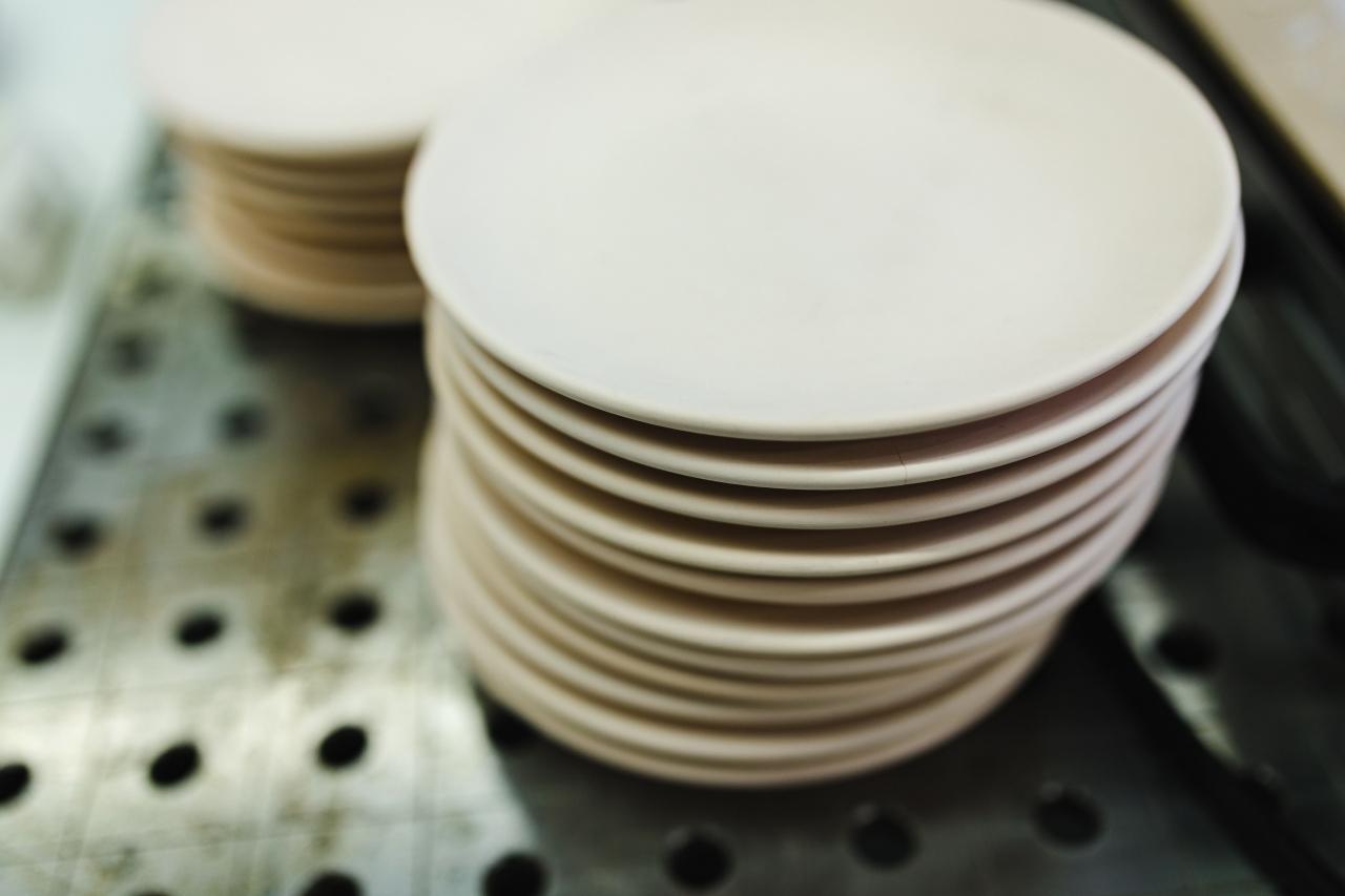 Włoska firma poszukuje producentów ceramiki i porcelany